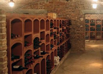 casier a bouteille de vin terre rouge standard. Black Bedroom Furniture Sets. Home Design Ideas